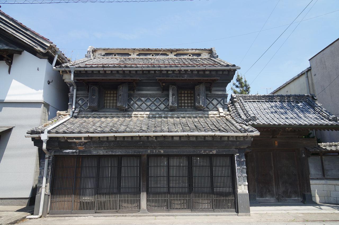 蔵の町村田